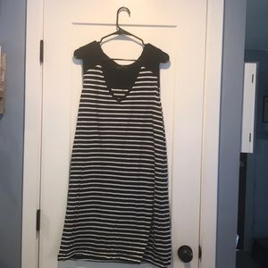 Light weight black and white dress